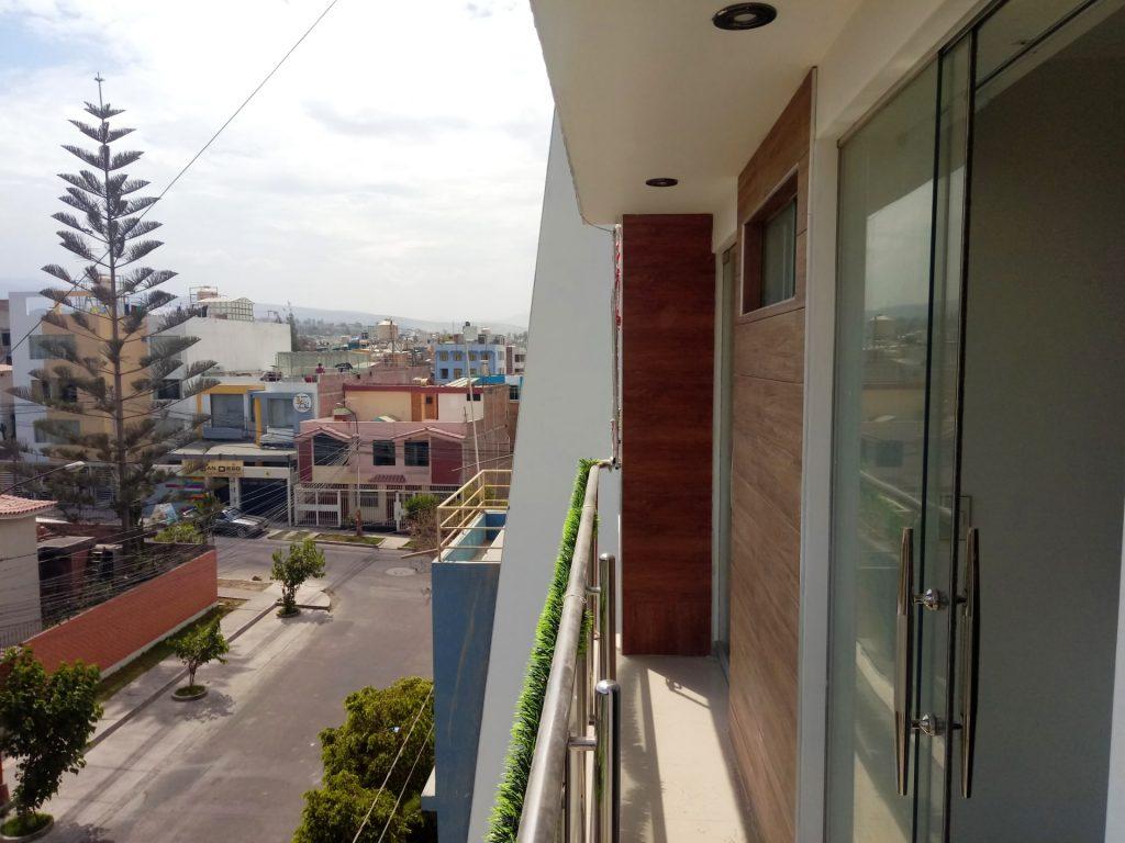 Departamento-en-Guardia-Civil-balcón